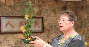 Meeting Guest speaker Suzanne M. discusses creative floral design